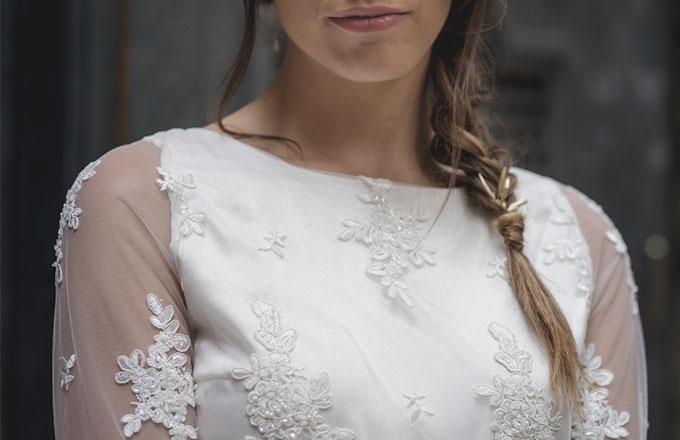 Detale busto del vestido de novia de Laura Vila