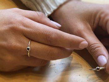 anillos gabrielle hechos a mano en Barcelona